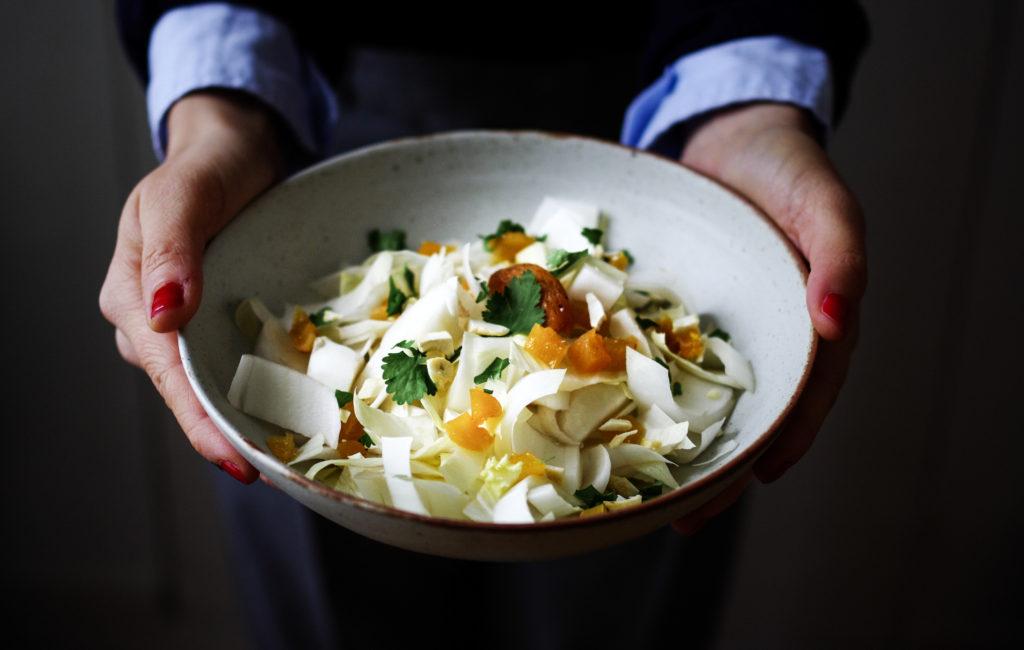 Salade endives, abricots, sésame